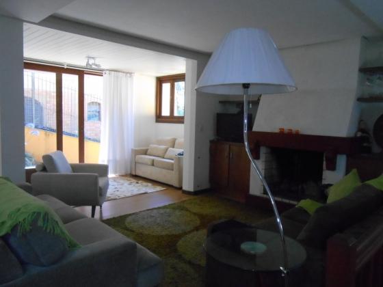 Belíssima casa em bairro nobre de Gramado