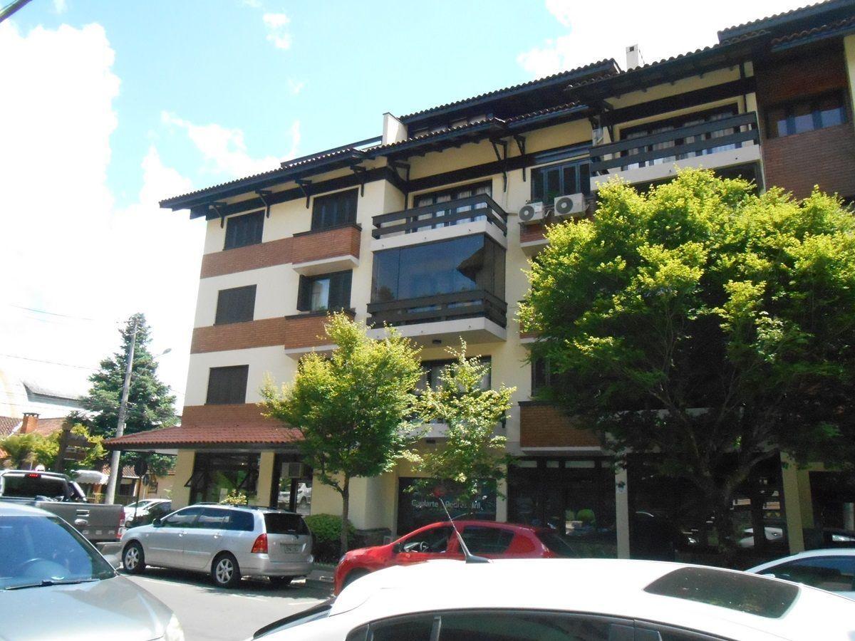 Apto. com ótima localização no centro de Gramado