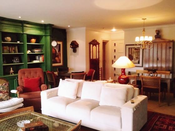 Apto. 3 suítes luxo no centro de Gramado