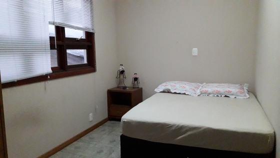 Ótimo apto. semi-mobiliado 2 dormitórios