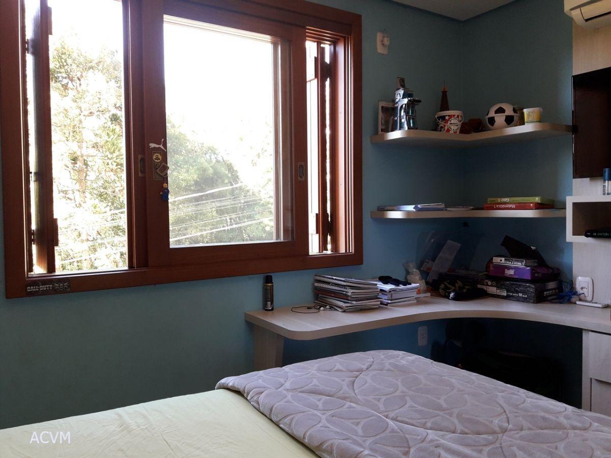 Casa com 3 dormitórios no Quinta da Serra